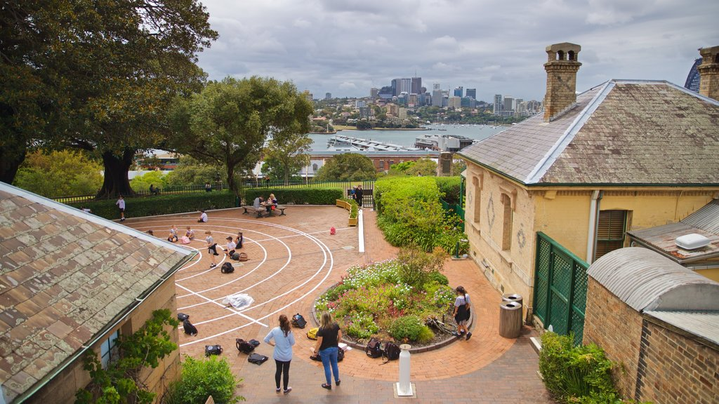 Sydney Observatory featuring a square or plaza