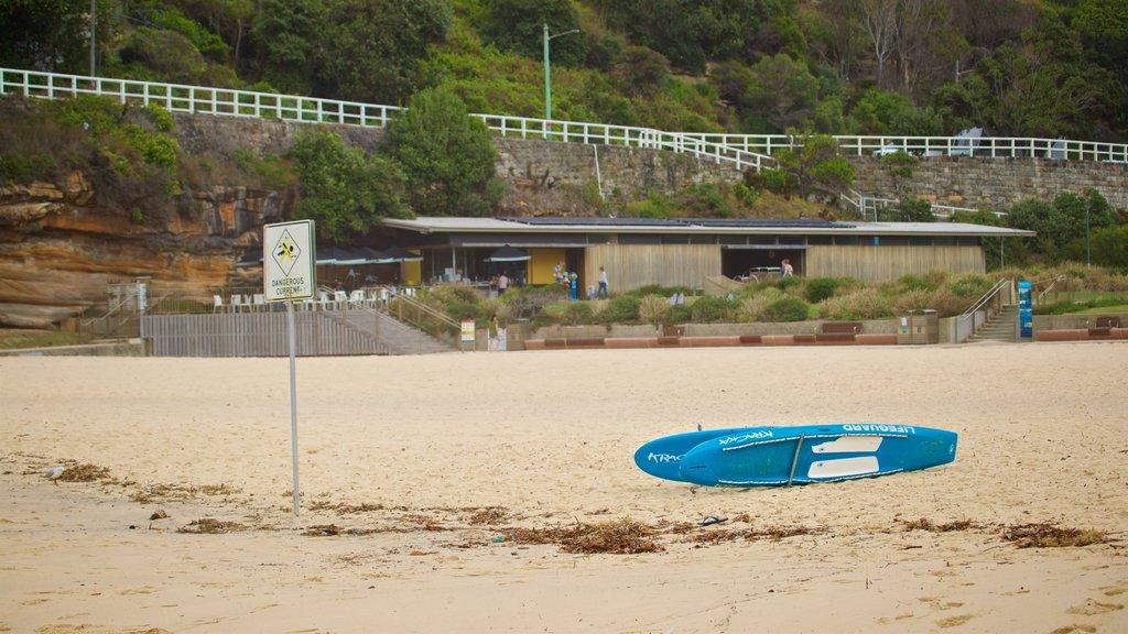 Tamarama Beach which includes general coastal views and a beach