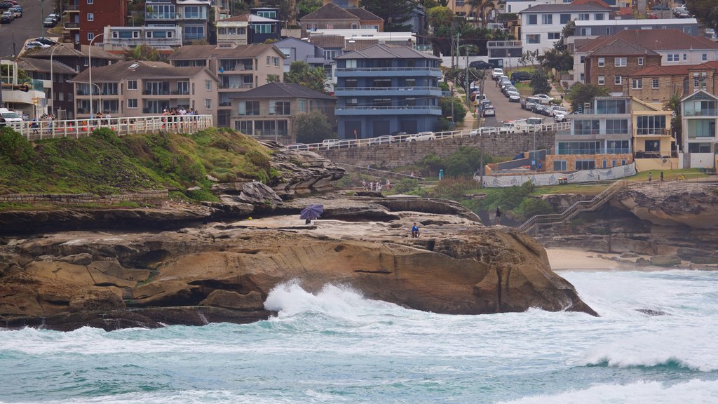 Bronte Beach which includes a coastal town, general coastal views and rugged coastline