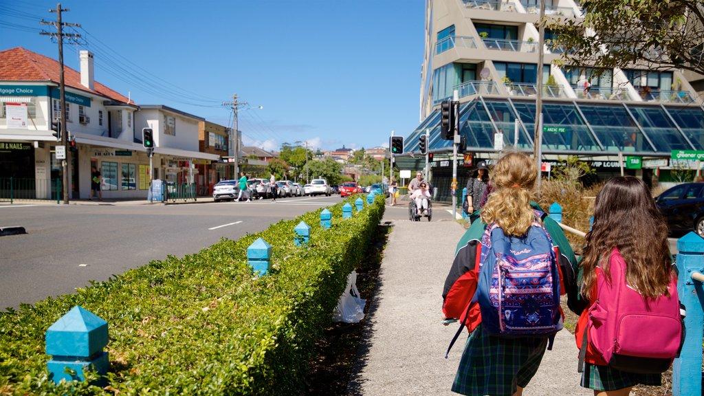 Sídney ofreciendo escenas urbanas y también niños
