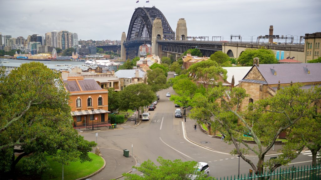 Millers Point showing a bridge
