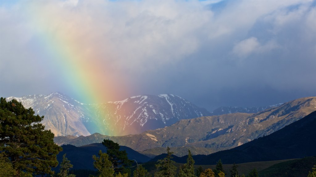 Hanmer que incluye vistas de paisajes y montañas