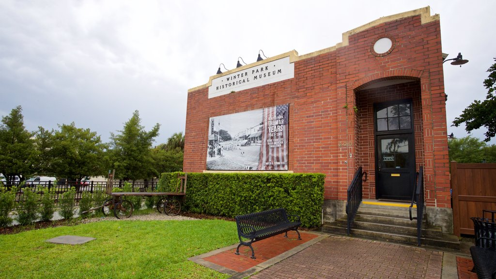 Winter Park Historical Museum featuring outdoor art