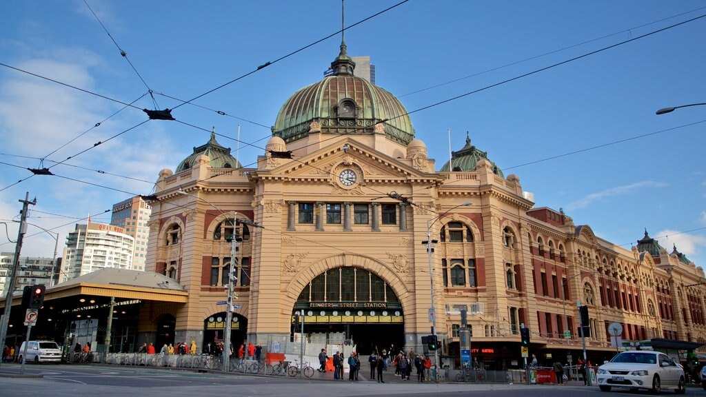 Melbourne featuring heritage architecture