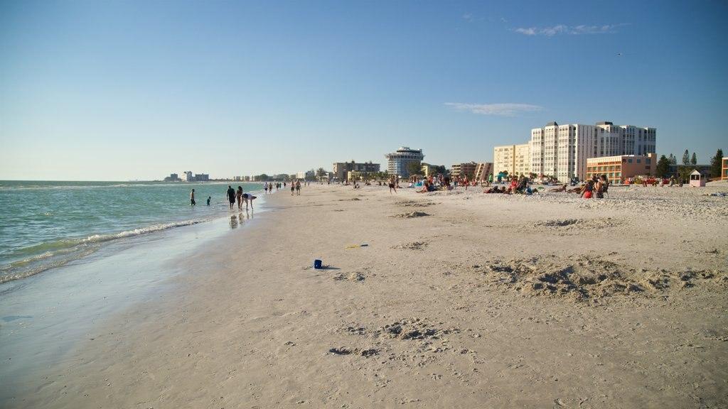 St. Pete Beach showing a sandy beach and general coastal views