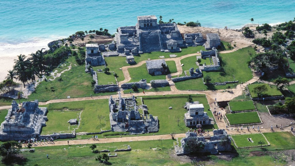 Tulum National Park featuring building ruins, general coastal views and heritage architecture