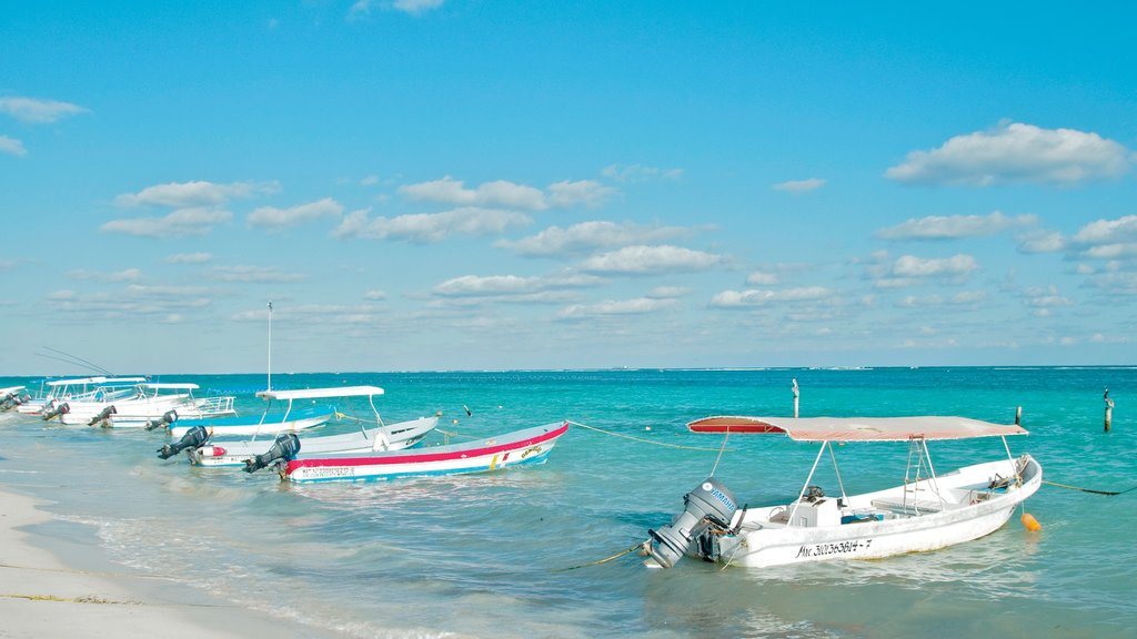 Puerto Morelos showing boating, a sandy beach and a bay or harbor