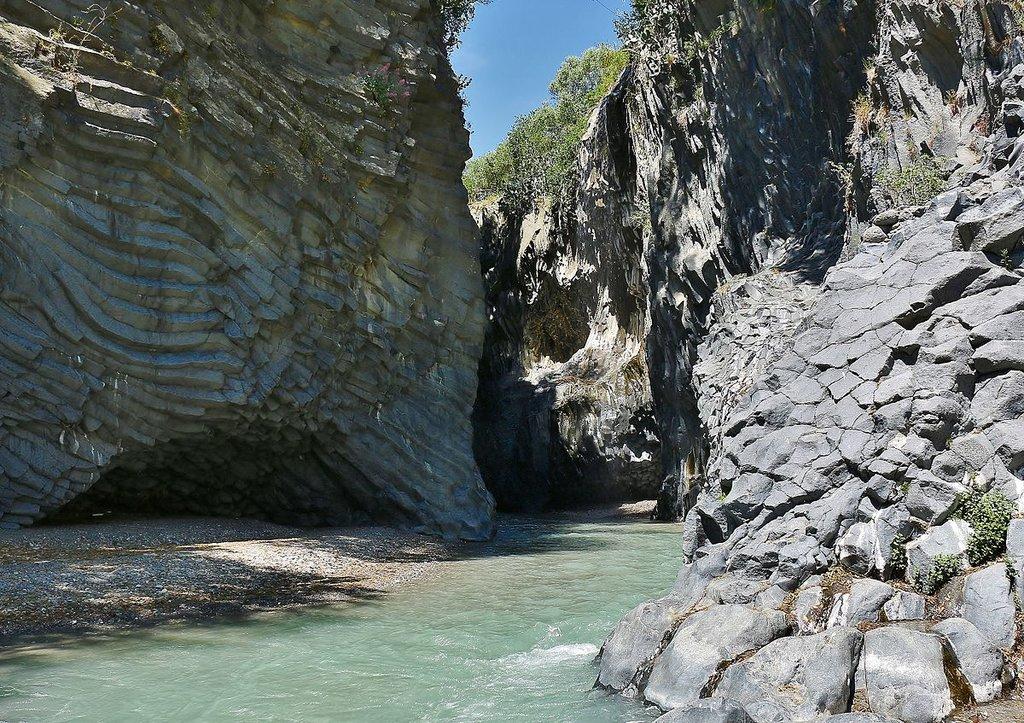 Parco fluviale dell'Alcantara - By Massimo Salmeri (Own work), via Wikimedia Creative Commons