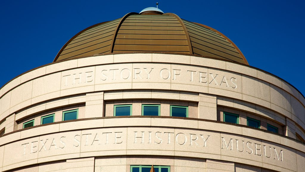 Bob Bullock Texas State History Museum which includes signage