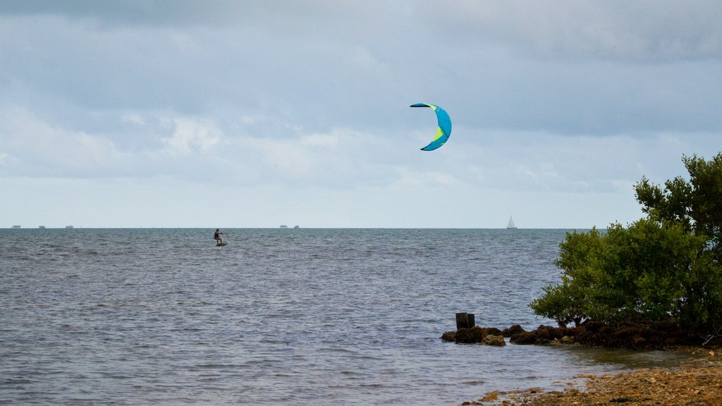 Miami which includes kite surfing and general coastal views