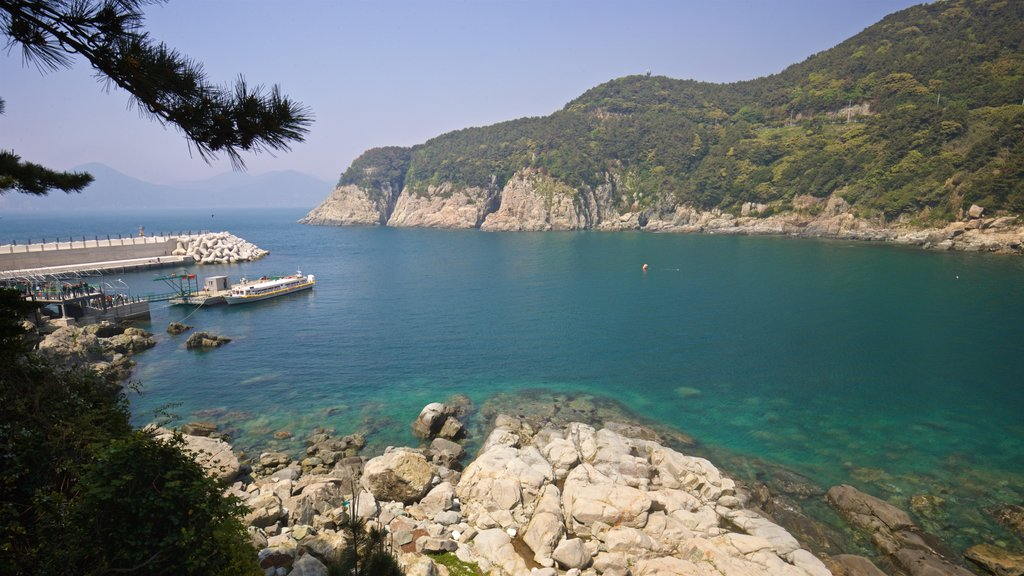 Geoje which includes rugged coastline and general coastal views