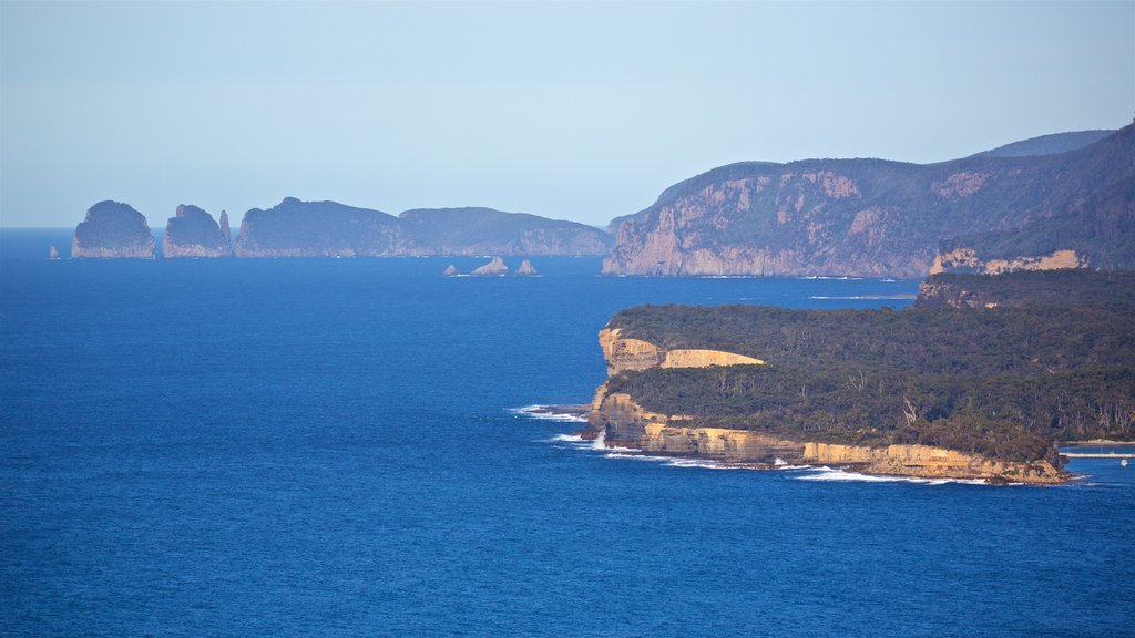 Eaglehawk Neck featuring landscape views, rugged coastline and general coastal views