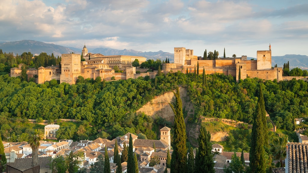 Alhambra which includes heritage architecture, landscape views and a castle