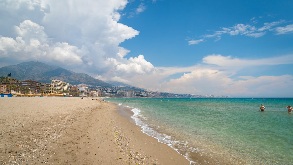 Playa Las Gaviotas ofreciendo una playa y vistas generales de la costa