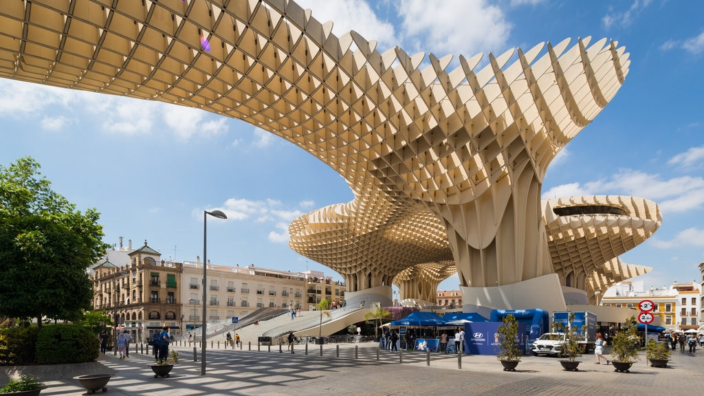 Metropol Parasol which includes modern architecture and outdoor art