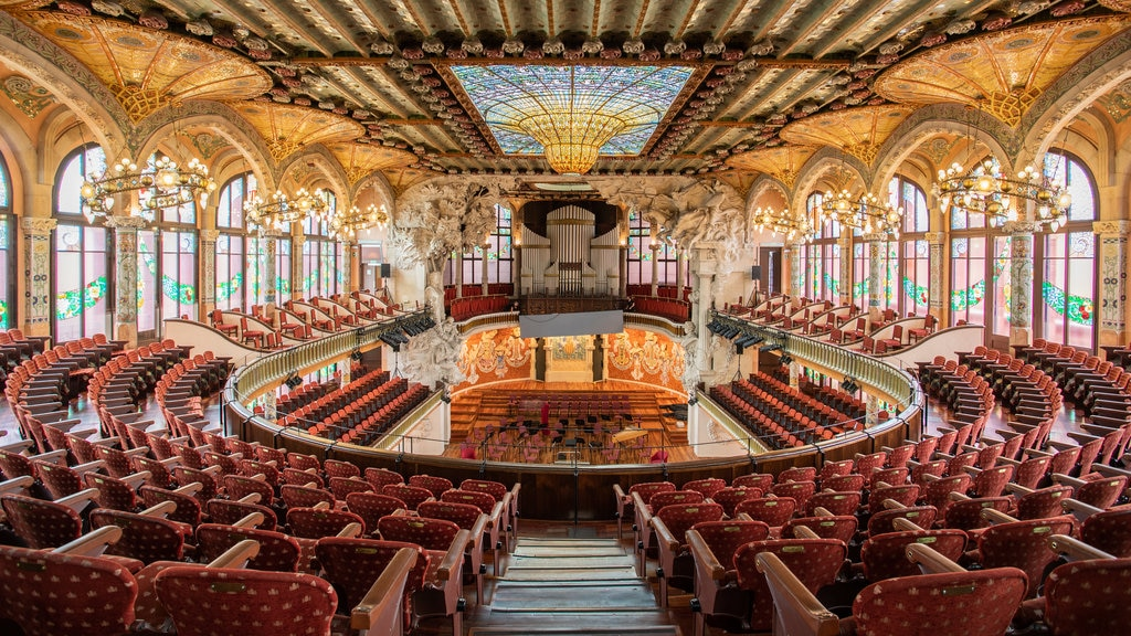 Palau de la Musica Catalana which includes theater scenes, heritage elements and interior views