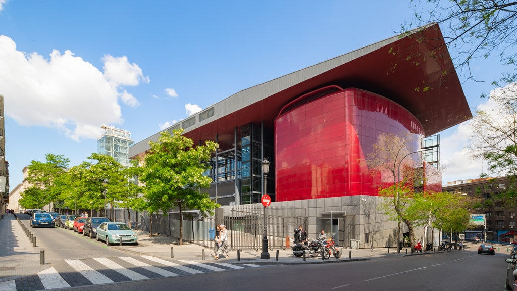 Reina Sofia Museum featuring modern architecture