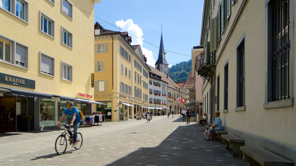Chur showing street scenes