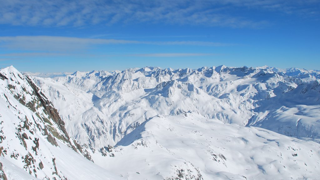 Andermatt showing landscape views, mountains and snow