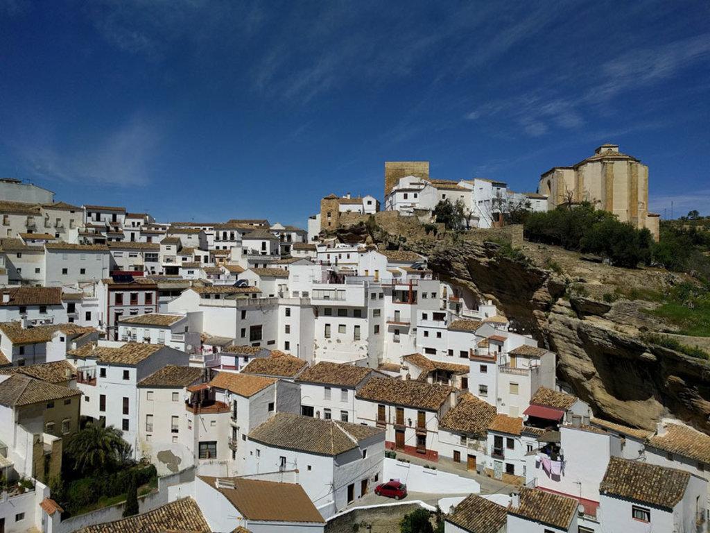 Setenil de las Bodegas, Andalusia