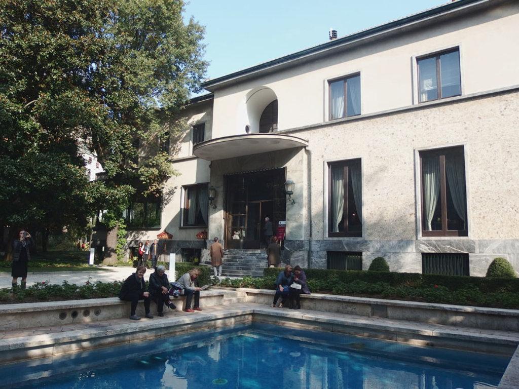 La facciata di Villa Necchi Campiglio - Photo by Sailko (Own work), via Wikimedia Commons