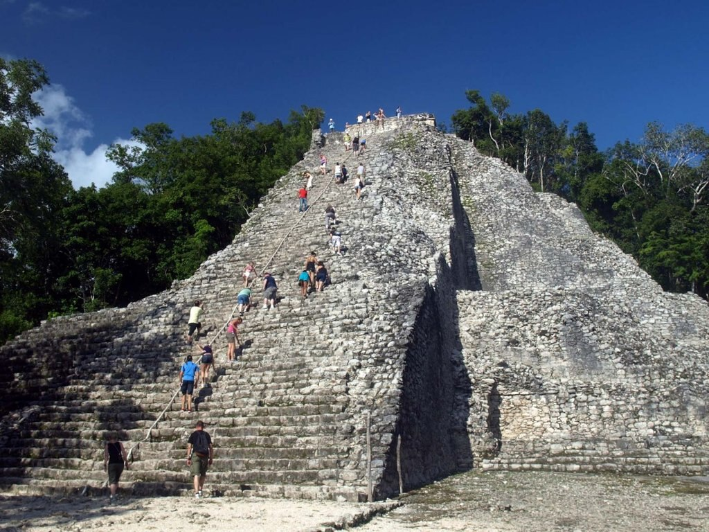Il sito Maya di Coba - By EnglishDavid (Own work)  , via Wikimedia Commons