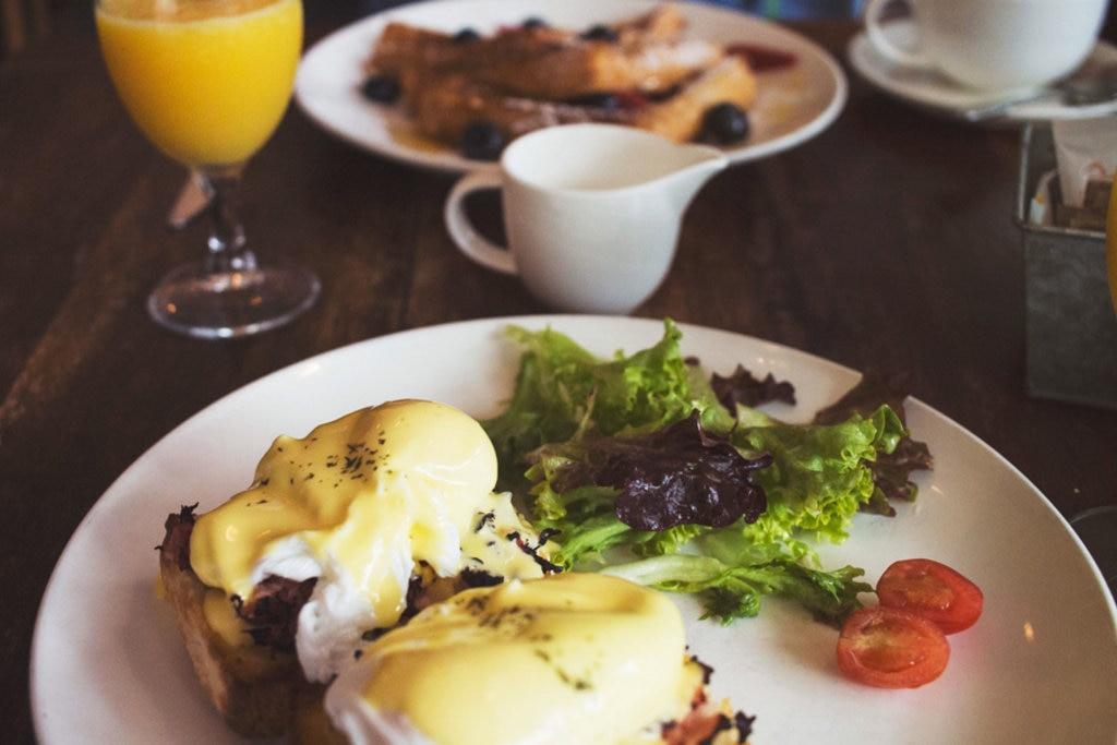 Ottimo cibo fatto in casa e una selezione di riviste internazionali sono il punto forte del Federal Cafè
