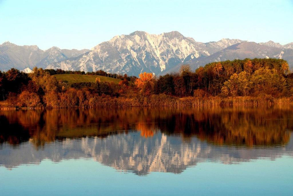 Il Lago di Ragogna - By Johann Jaritz (Own work)  , via Wikimedia Commons