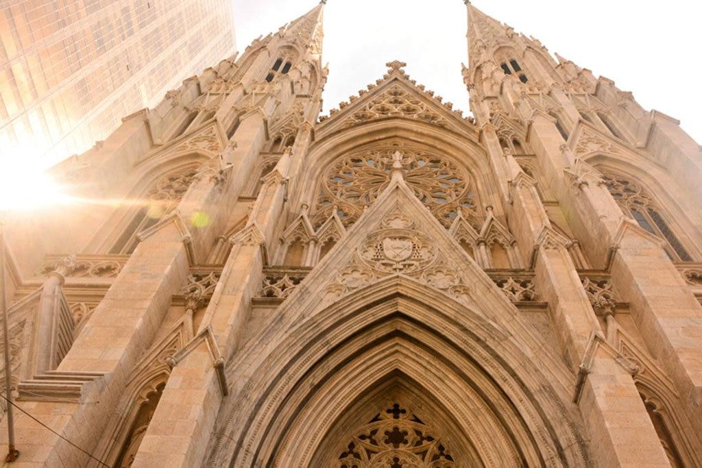 La facciata gotica della cattedrale di Saint Patrick - By Koushikrishnan (Own work)