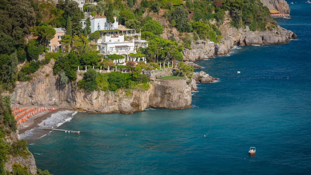Positano City Centre showing landscape views, general coastal views and rugged coastline