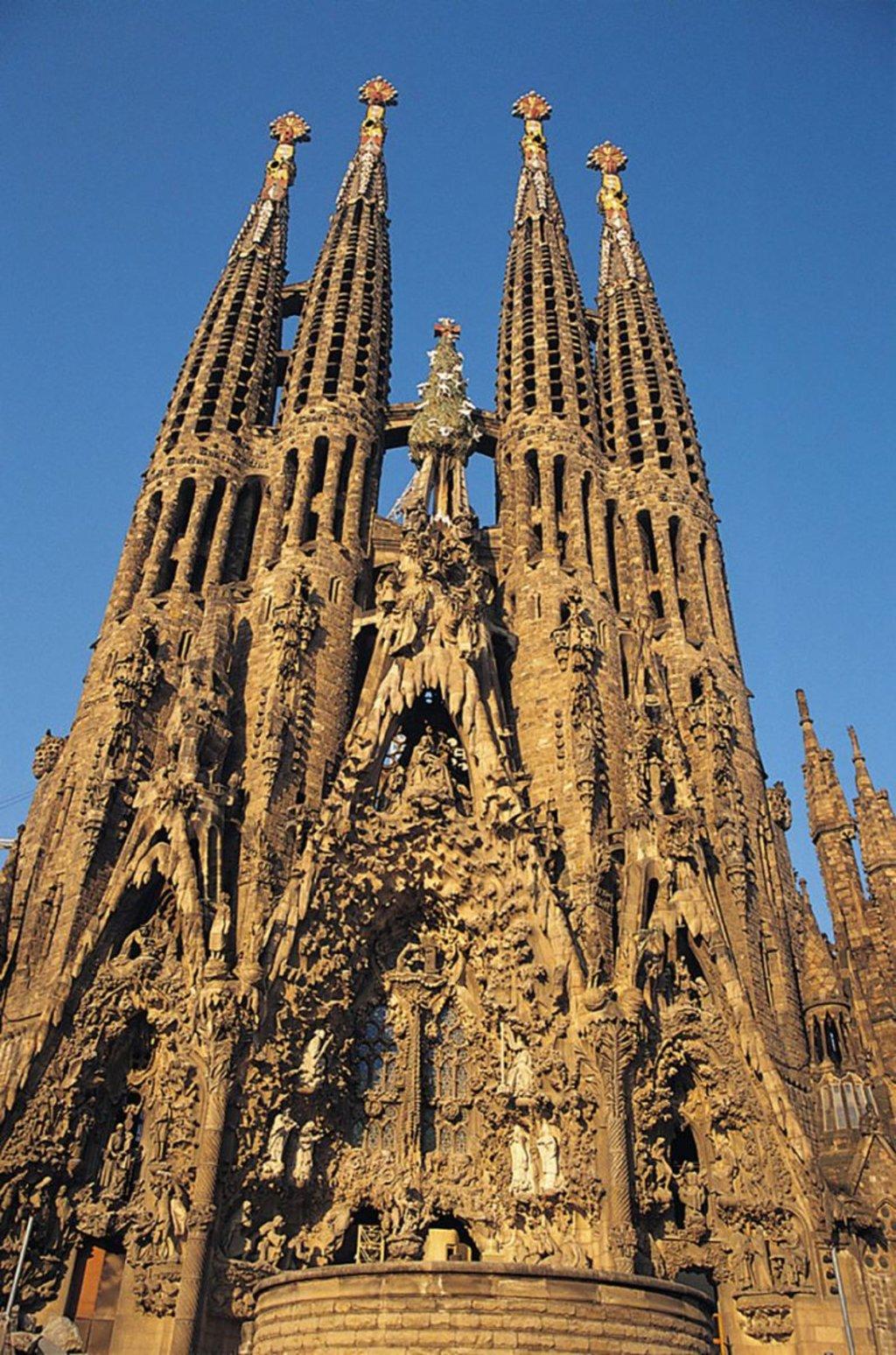 L'imponente Sagrada Familia. Photo credit Getty Images