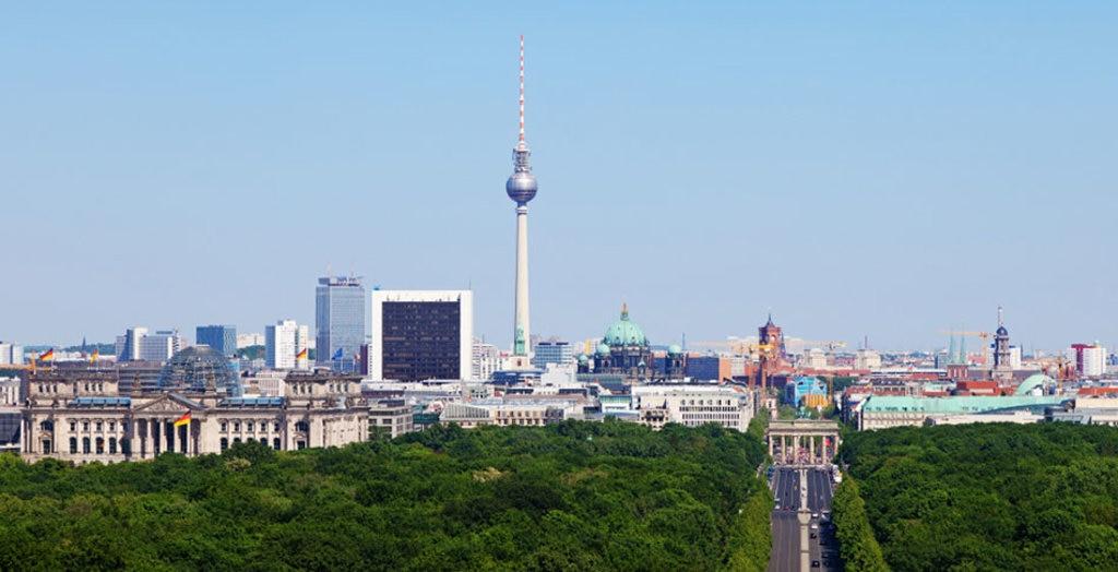 Una veduta panoramica di Berlino Thomas Wolf, www.foto-tw.de  , via Wikimedia Commons