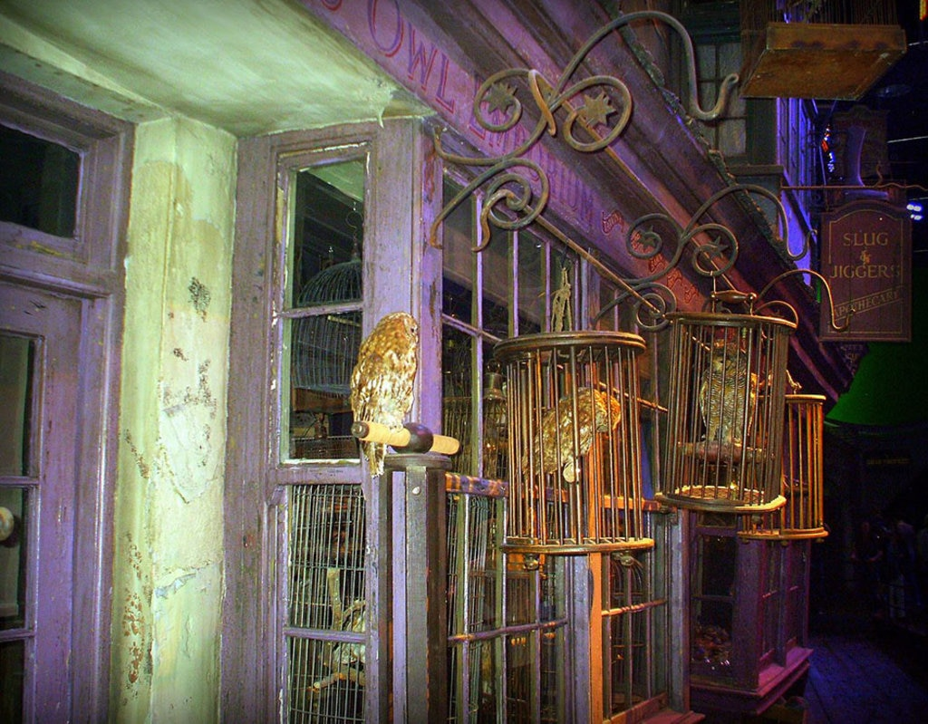 Eeylop's Owl Emporium in Diagon Alley. By Marek69  , via Wikimedia Commons