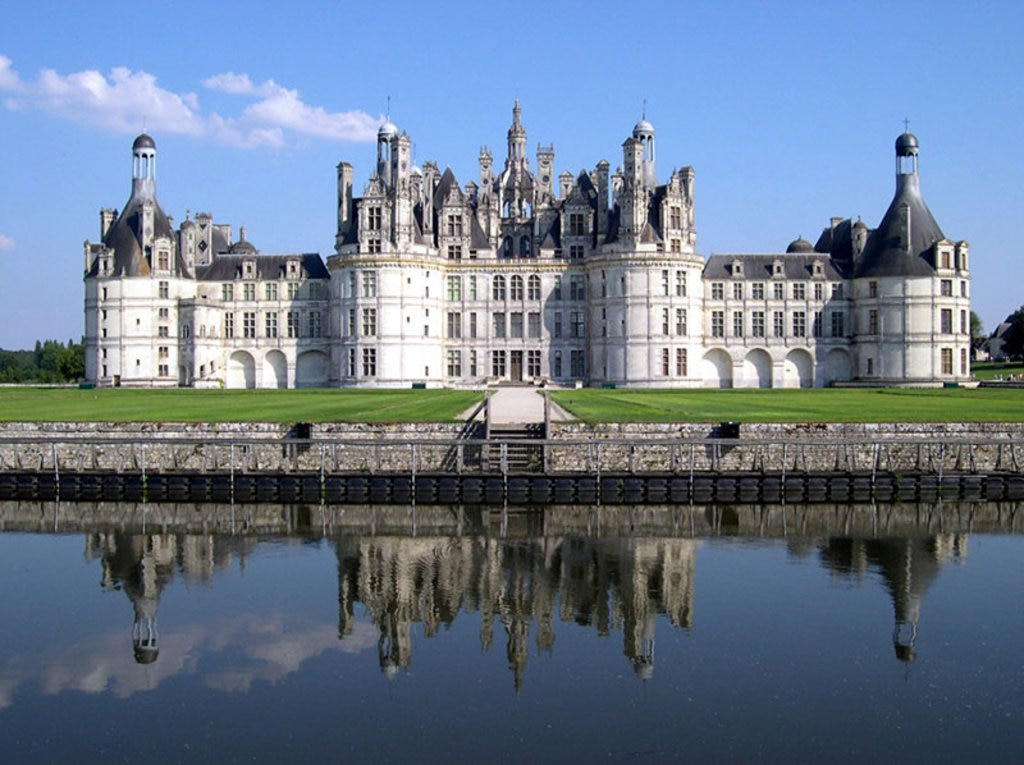 Il Castello di Chambord By No machine-readable author provided. Calips assumed (based on copyright claims).  , via Wikimedia Commons