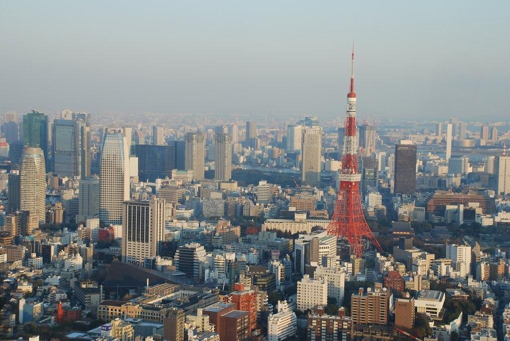 Tokyo Tower (by Wilhelm Joys Andersen, CC BY-SA 2.0 - https://www.flickr.com/photos/wilhelmja/330965980/ )
