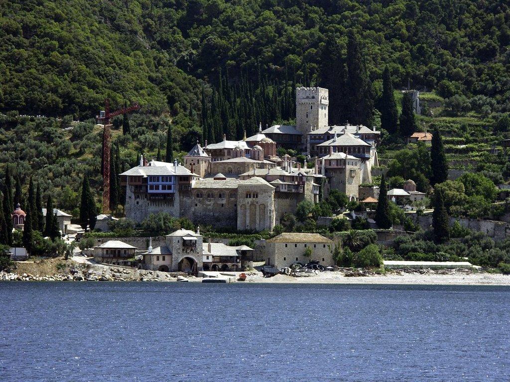 Uno dei monasteri del Monte Athos - CC BY-SA 3.0, https://commons.wikimedia.org/w/index.php?curid=211270