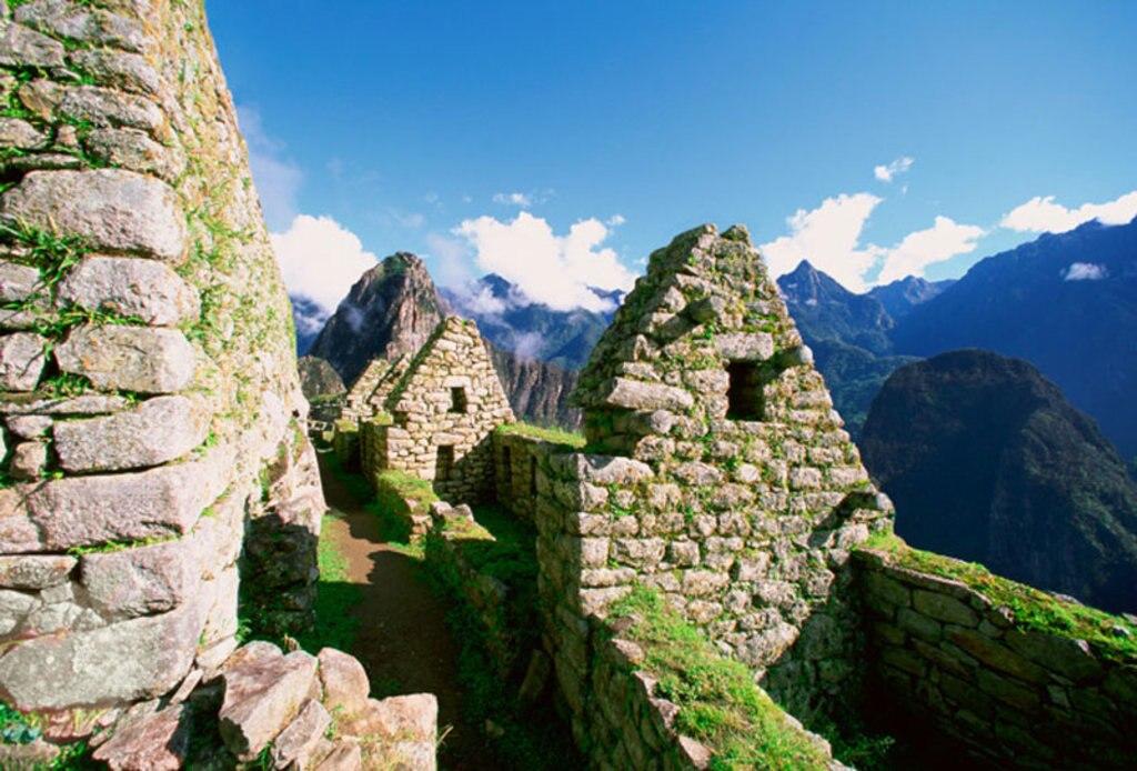 Un'ampia veduta dell'antica città di Cusco, cuore dell'impero inca. Public domain. Via Wikimedia Commons