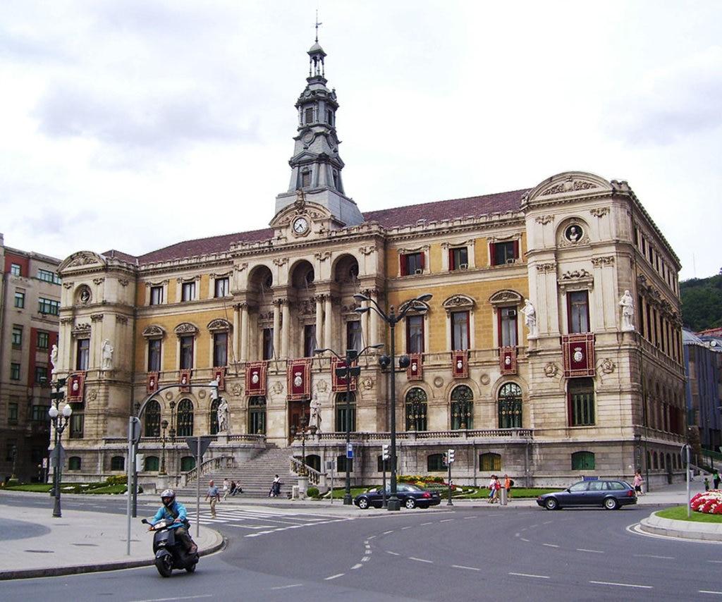 By AsturiasVerde (Own work)  , via Wikimedia Commons