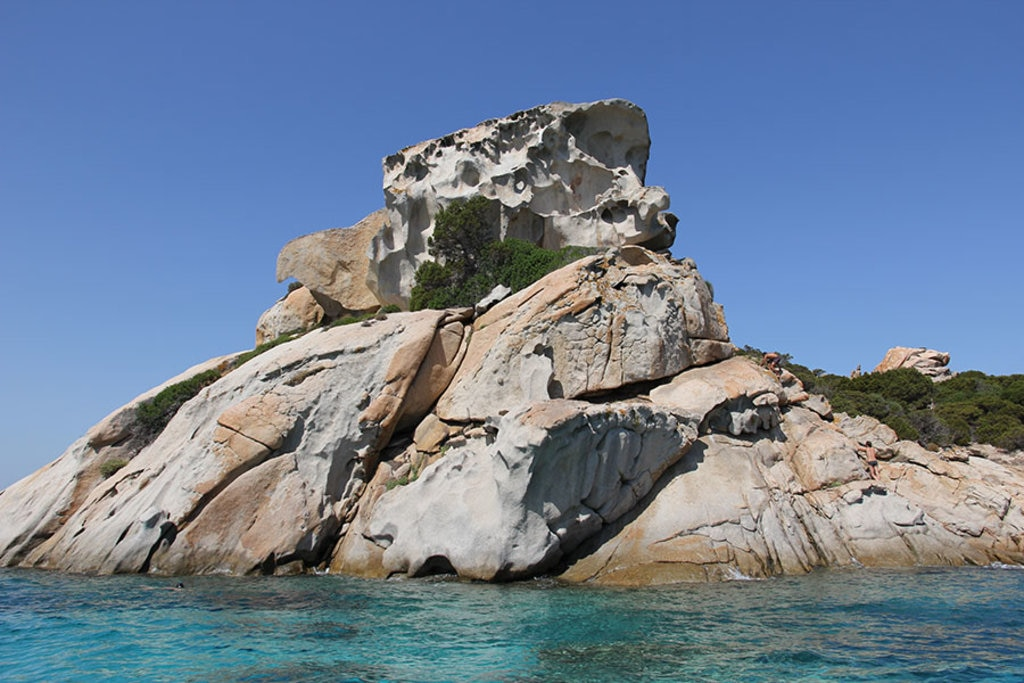 Isola di Spargi, Arcipelago della Maddalena By Gianni Careddu (Own work)  , via Wikimedia Commons