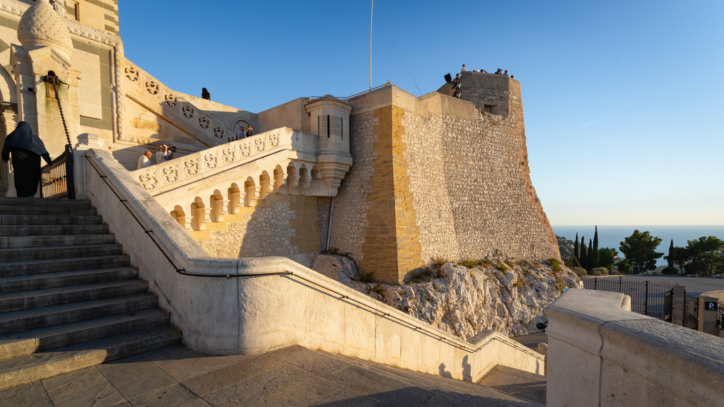 Notre-Dame de la Garde featuring views and heritage elements