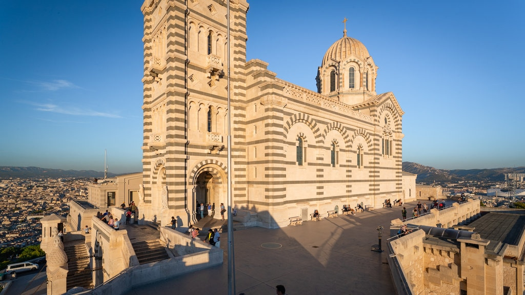 Notre-Dame de la Garde featuring views and heritage architecture