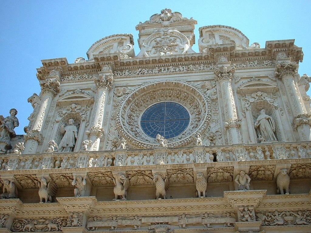 2. Chiesa di Santa Croce a Lecce. Di User Laibniz on it.wikipedia (Laibniz)  , attraverso Wikimedia Commons.