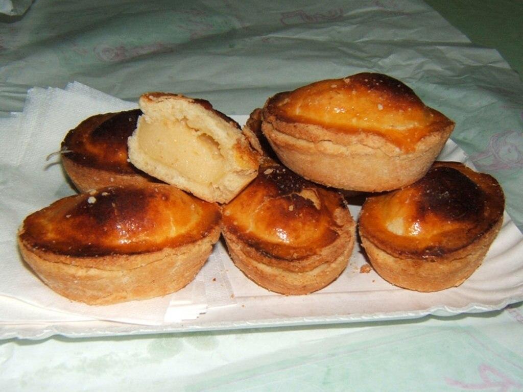Il pasticciotto, il tipico dolce di Lecce. By I, Calcagnile Floriano, User:Florixc http://www.flickr.com/photos/florixc/ (MY photo)  , via Wikimedia Commons.