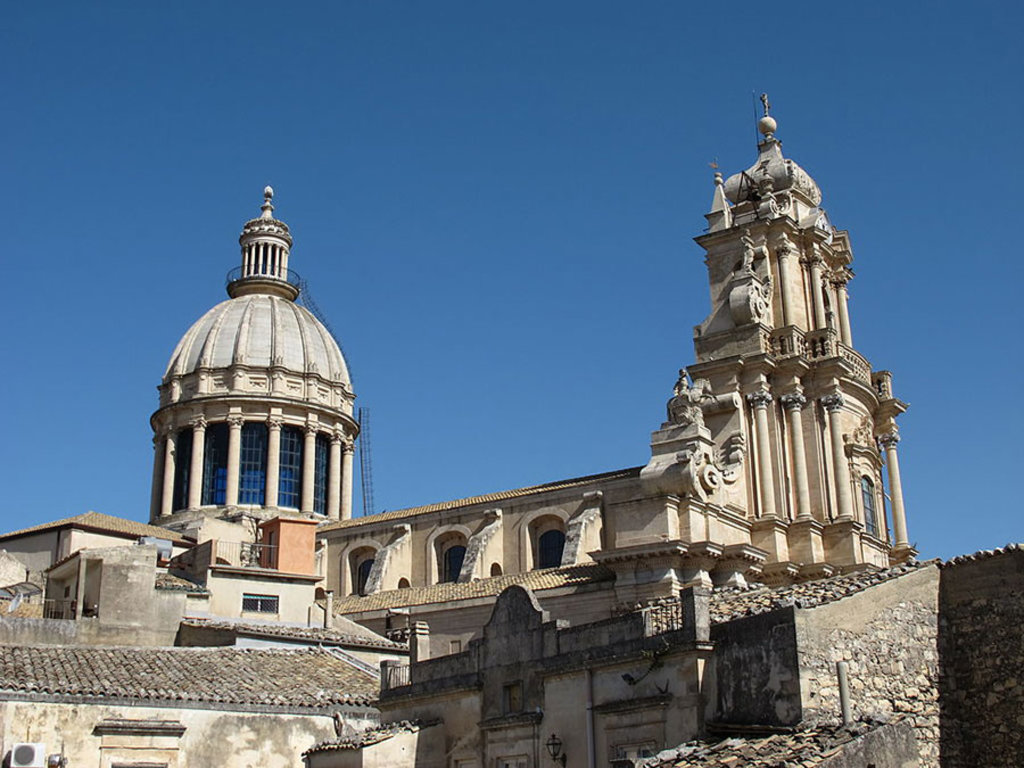 Duomo di San Giorgio a Ragusa Ibla - By Mikenorton (Own work)  , via Wikimedia Commons