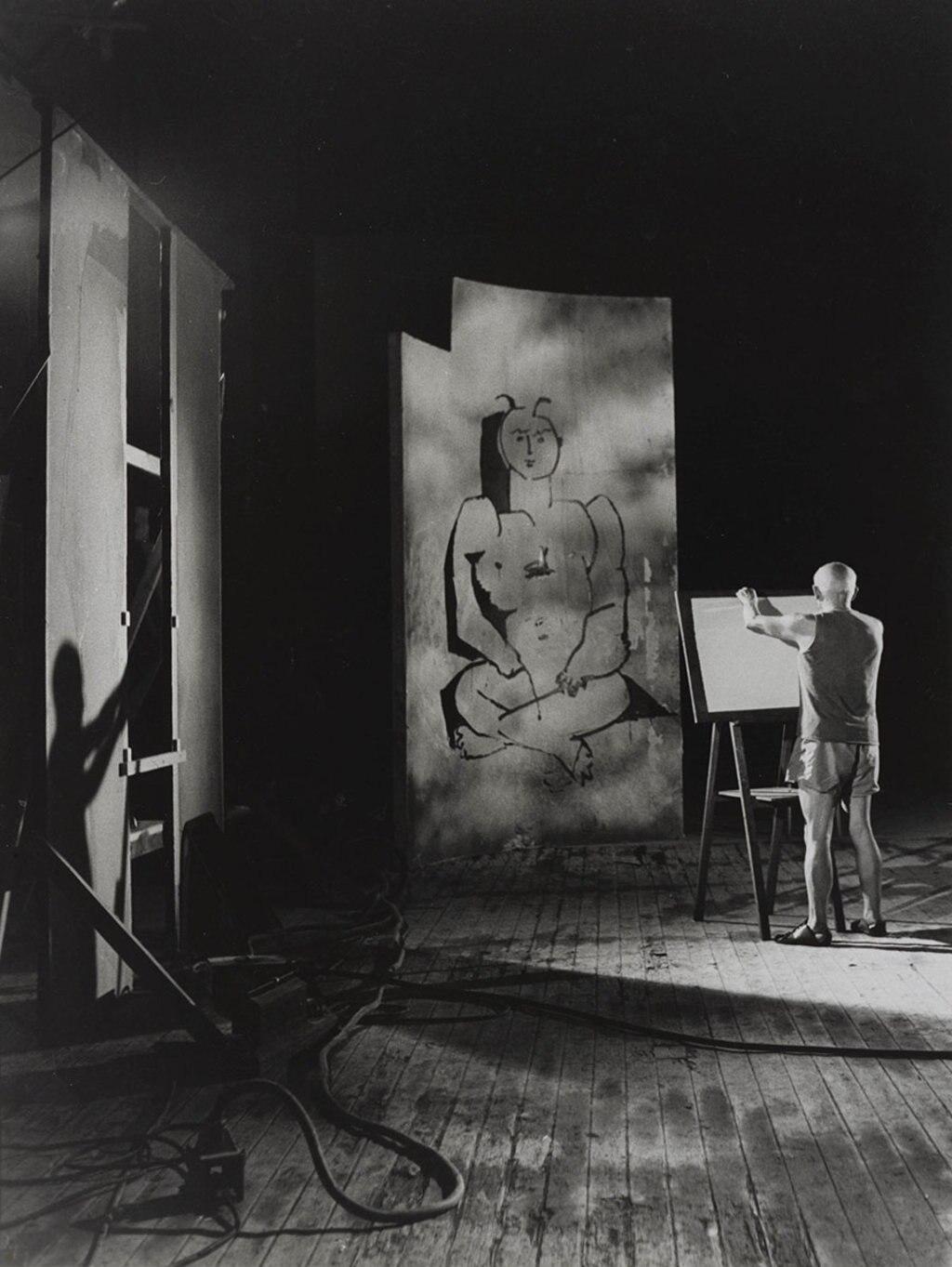André Villers Picasso au travail, 1955 Photo © André Villers, Adagp, Paris 2016/Coll. Bibliothèque Nationale de France © Succession Picasso