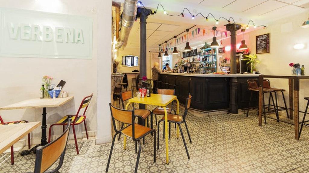 Il Verbena Bar è sinonimo di divertimento assicurato. Foto: courtesy of Vaerbena Bar