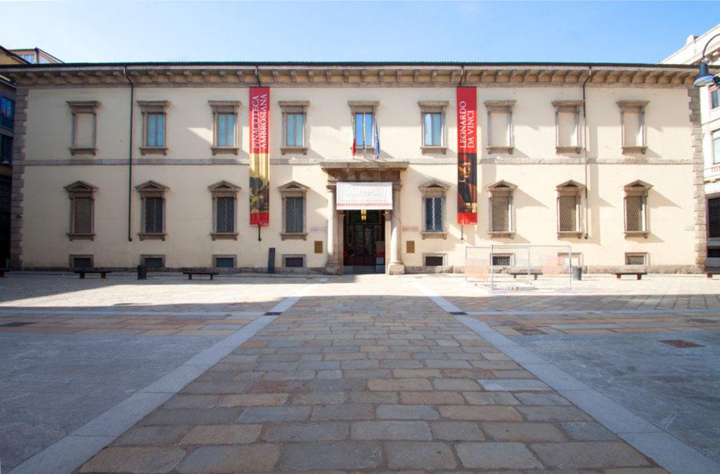 La Pinacoteca Ambrosiana. By Ilnarratario (Own work)  , via Wikimedia Commons
