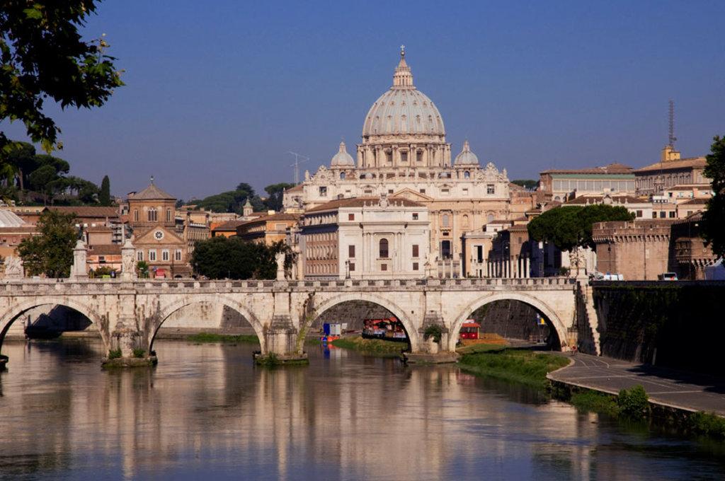 Roma e il Tevere. Foto: EDAM