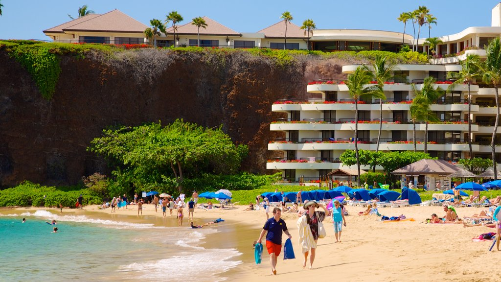 Kaanapali Beach which includes a sandy beach, a luxury hotel or resort and tropical scenes