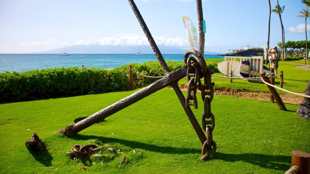 Kaanapali Beach which includes general coastal views and outdoor art